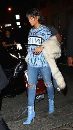 Rihanna's Waist High Boots (That Come With A Belt) - FashionPro