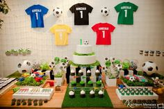 Mesa Festa com tema Futebol Soccer Birthday Parties, Football Birthday, Soccer Party, Sports Party, Boy Birthday, Football Crafts, Football Themes, Party Decoration, Impreza