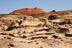 A gallery of photos from the Bisti Badlands in the Bisti/De-Na-Zin Wilderness Area near Farmington, New Mexico.