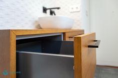 Fotografía de vivienda Sink, Home Decor, Professional Photography, Bathroom Furniture, Fotografia, Sink Tops, Vessel Sink, Decoration Home, Room Decor