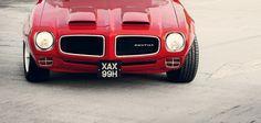 '70 Pontiac Firebird Formula 400 .
