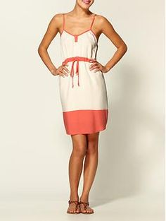 great casual dress for the summer. would look really cute with a jean jacket i think.