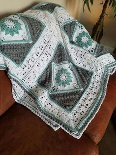 Charlotte's Dream Blanket. In white, and maybe light grey