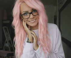 light pink hair.... so cute! wish i could have this color.....