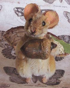 OOAK 5 way jointed Woodland Acorn Fairy Mouse by Artist Robin Joy Andreae   #NeedleFeltedAnimals