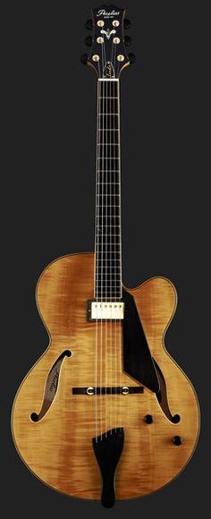 Peerless Guitars Leela NA - Thomann UK