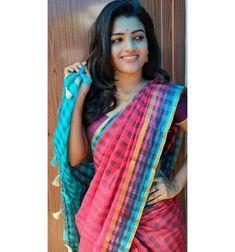 Most Beautiful Models, Beautiful Bride, Beautiful Women, Senior Girl Poses, Senior Girls, Desi Love, Adriana Lima Lingerie, Actress Priya, Saree Models