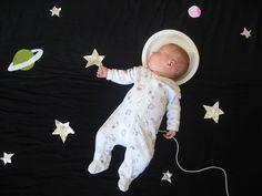 Wanneer deze baby slaapt maakt haar moeder de mooiste sprookjesachtige foto's