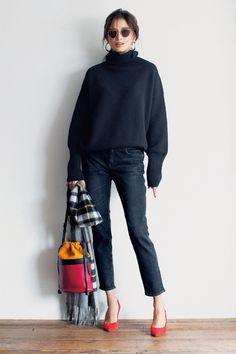 「骨格診断で選ぶ似合う服 BEST5」ストレート体型編【CLASSY.11月号版】 Pretty Outfits, Stylish Outfits, Cool Outfits, Denim Fashion, Fashion Outfits, Womens Fashion, Japanese Outfits, Cool Street Fashion, Japan Fashion
