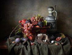 photo: ~ С корзиной фруктов ~ | photographer: Елена Татульян | WWW.PHOTODOM.COM