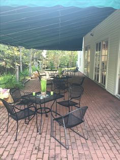 96c06651575 Outdoor Seating, Outdoor Decor, Styling A Buffet, Sunday Brunch, Bar Areas,