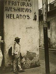Havana Corner, Walker Evans, 1933. © Walker Evans Archive, The Metropolitan Museum of Art