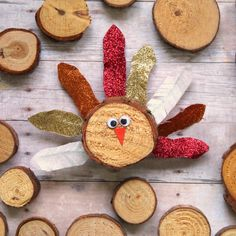 Turkey crafts are so fun for Thanksgiving. This unique turkey is made with mini wood slices and has glittery feathers made of washi tape. Thanksgiving Crafts For Kids, Thanksgiving Decorations, Holiday Crafts, Thanksgiving Table, Holiday Ideas, Preschool Valentine Crafts, Kids Crafts, Crafts To Make, Kids Diy