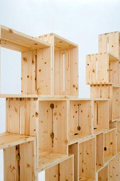 ワイン用木箱工場のモジュール式家具 adapt (アダプト) - インテリア情報サイト