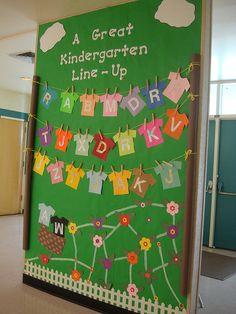 Summer Bulletin Boards For Daycare Discover Extra Letter Learning: Undo and reorder alphabet each time children come back to the classroom. Let it be a mystery trying to figure out who keeps mixing up our letters. Kindergarten Bulletin Boards, Summer Bulletin Boards, Classroom Bulletin Boards, Kindergarten Classroom, Kindergarten Activities, Classroom Displays, Classroom Themes, Classroom Organization, Holiday Classrooms