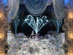 "Tiffany's unveils ""The Great Gatsby"" window"