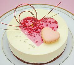 ★ハートのショコラブラン★ホワイトチョコレートと木苺のムース直径15cm【メッセージカード対応…