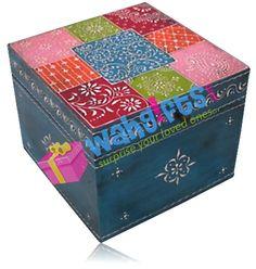 Caja decorada / Decorated box