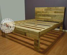 Cadre de lit complet lit de palette cadre de lit par SibusFurniture