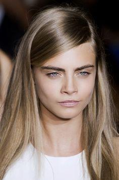 make up no make up, nude.  DKNY, fot. Imaxtree@ELLE Polska