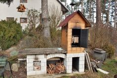 How to Build a Meat Smokehouse