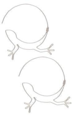 Simple but cute. Wirework Lizard earrings.