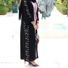 No photo description available. Dubai Fashion, Abaya Fashion, Runway Fashion, Fashion Dresses, Fashion Fashion, Fashion Trends, Wedding Abaya, Black Abaya, Dress Design Sketches