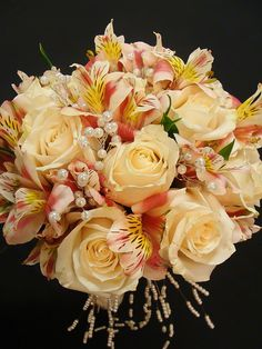 A stunning and romantic peach rose and alstroemeria bouquet