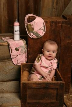 Pink Camo Gift Set - Realtree AP Pink Baby Girl Package - Onsie, Booties, Bib, Pad, Bottle (0-3 Month) by Team Realtree, http://www.amazon.com/dp/B00DJWXF62/ref=cm_sw_r_pi_dp_6725rb1G9VM7D