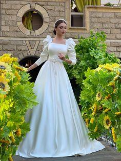Wedding Dress Bustle, Muslimah Wedding Dress, Fancy Wedding Dresses, Civil Wedding Dresses, Evening Dresses For Weddings, Bridal Dresses, Muslim Evening Dresses, Stylish Dresses, Fashion Dresses