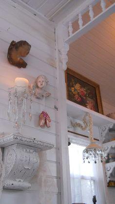 Shabby Chic Tiny Retreat: My tiny house - Christmas 2012