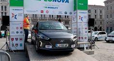 """Il salotto buono ha ospitato la partenza della prima gara europea per auto """"verdi"""". Convegno in Regione sulla mobilità futura: «Fvg apripista per le vetture elettriche»"""