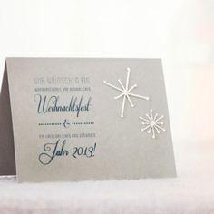Was gibt es schöneres zur Weihnachtszeit als Schnee, der langsam auf unsere Köpfe rieselt! Wie vermisse ich die bezaubernden Eisblumen an den Scheiben, die man kaum noch findet. Aber auch in Verbindung mit einer Glückwunsch- oder Einladungskarte sehen die Flöckchen … Weiterlesen →