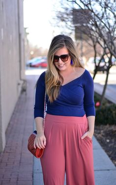 Fitted top and wide leg pants for spring outfit