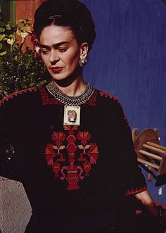 Frida Kahlo style icon Penny Dreadful Vintage (36)