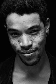 Joe Ashton - Le #lentiggini? Sono Sexy ed Affascinanti, eccone la prova! #beautifulman #freckles