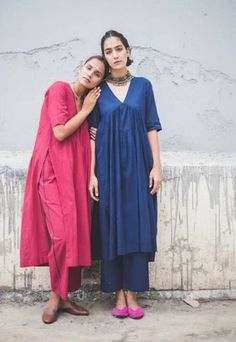 Women's kurtis online: Buy stylish long & short kurtis from top brands like BIBA, W & more. Explore latest styles of A-line, straight & anarkali kurtas. Stylish Dress Designs, Designs For Dresses, Stylish Dresses, Pakistani Fashion Casual, Indian Fashion Dresses, Fashion Outfits, Indian Wedding Outfits, Indian Outfits, Indian Designer Suits