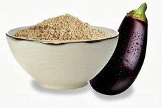 Farinha de berinjela para diminuir o colesterol e ajudar no emagrecimento. Shake de berinjela: Ingredientes 1 copo de leite desnatado gelado 1 colher (sopa) de farinha de berinjela 1 banana Mel e gelo a gosto Preparo: Bata todos os ingredientes no liquidificador e beba em seguida. Aline de Castro Pimentel, nutricionista.