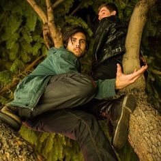 tree people tree climbing tree climber candid candids candid shot candid photography © Brandon Peters Photography