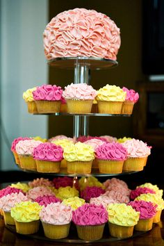 Wedding cupcakes. Pink and Yellow wedding