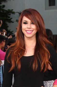 Love her hair  FOR #HAIRSTYLES, advice and ideas visit  WWW.UKHAIRDRESSERS.COM