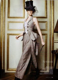 High Life', Marta Berzkalna by Marcin Tyszka, Elle Russia June Christian Dior Spring Summer 2010 Haute Couture // steampunk grey Costume Steampunk, Mode Steampunk, Steampunk Wedding, Victorian Steampunk, Steampunk Fashion, Victorian Fashion, Vintage Fashion, Modern Victorian, Elle Fashion