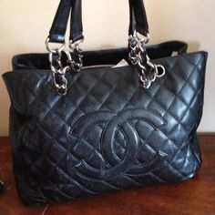 Chanel black tote Chanel classic GST tote. Used. CHANEL Bags Totes