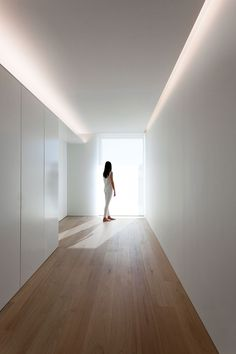 House in Ruzafa on Behance Corridor Lighting, Cove Lighting, Indirect Lighting, Linear Lighting, Interior Lighting, Lighting Design, Strip Lighting, Casa Kardashian, Corridor Design