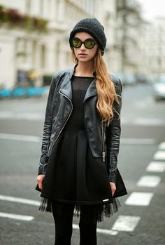 LBD with a leather jacket Black Parade, Look Fashion, Womens Fashion, Fashion Trends, Fashion Clothes, Street Fashion, Alternative Rock, Looks Street Style, Vogue