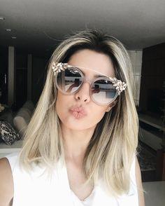 ENCONTRINHO EM LONDRINA  #selfie com este #jimmychoo da @oticasvidere para contar para vocês que dia 14 quarta-feira às 19h estarei na @oticasvidere no shopping Aurora para nosso encontrinho e inauguração da loja. Todos estão convidados! Vai ser demais! #encontrinhoemlondrina