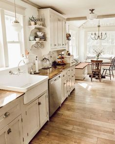 Morning light and a clean kitchen 🙌🏻 It's a nice new day and i ., Morning light and a clean kitchen 🙌🏻 It's a beautiful new day and I hope . Farmhouse Kitchen Decor, Home Decor Kitchen, New Kitchen, Home Kitchens, 1930s Kitchen, Country Kitchen Designs, Kitchen Decorations, Country Cottage Kitchens, Farm Kitchen Ideas