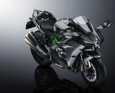 Kawasaki Unveils Limited Edition 2017 Ninja H2 Carbon