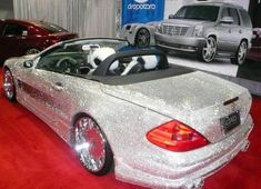 Mercedes-Benz SL500 coverd with Swarovski Crystal | Cars show