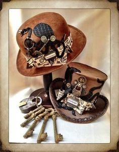 """steampunkxlove: """" ┌─┐ ┴─┴ ಠ_ರೃ TOP HAT TUESDAYS! I know I've missed the past couple Top Hat Tuesdays and I apologize! I have been super duper busy with school and visiting family. This week's hats are amazing. I absolutely love them! The Key Master &. Chat Steampunk, Arte Steampunk, Style Steampunk, Steampunk Top Hat, Steampunk Cosplay, Steampunk Design, Steampunk Wedding, Victorian Steampunk, Steampunk Clothing"""